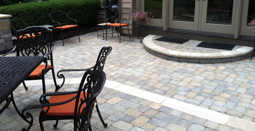 Curved_paver_step