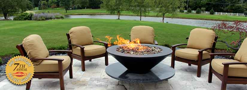 Travertine Patio With Fire Pit