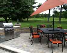 golf course paver patio with grill